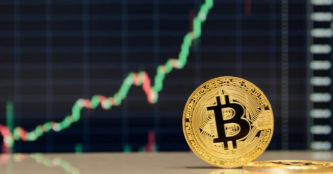 Bitcoin Price Analysis: BTC Toys With The Idea Of A Pre-weekend Break Above $11k