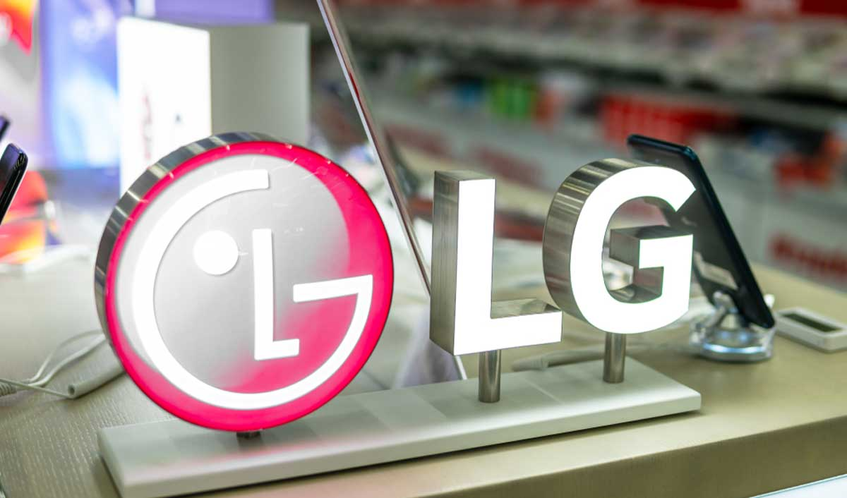 Crypto Adoption: LG Takes its First Step In Blockchain Smartphone Market