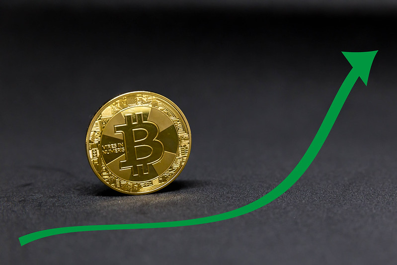 Bitcoin (BTC) Rally From $7,400, Tops $10,500 in a 28% Surge