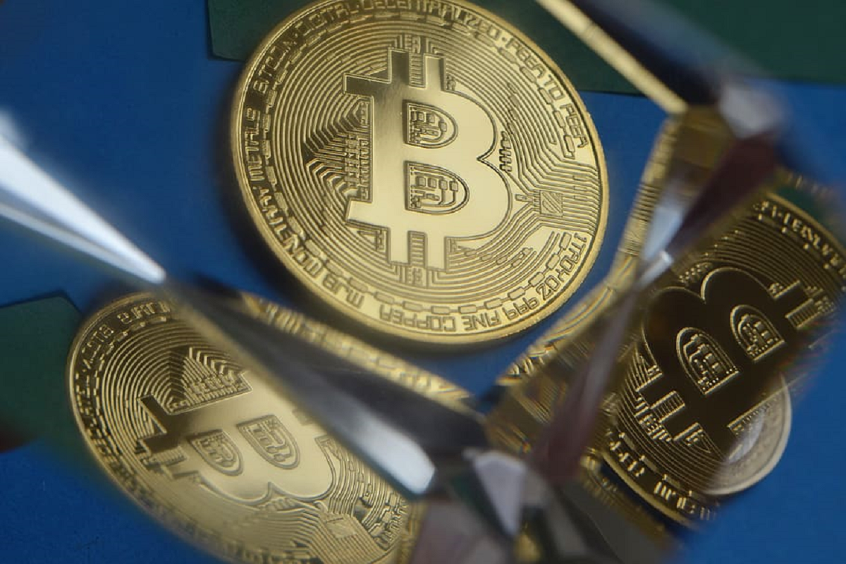 Truth or FUD: A Crypto Analyst Says Bitcoin (BTC) is Overpriced