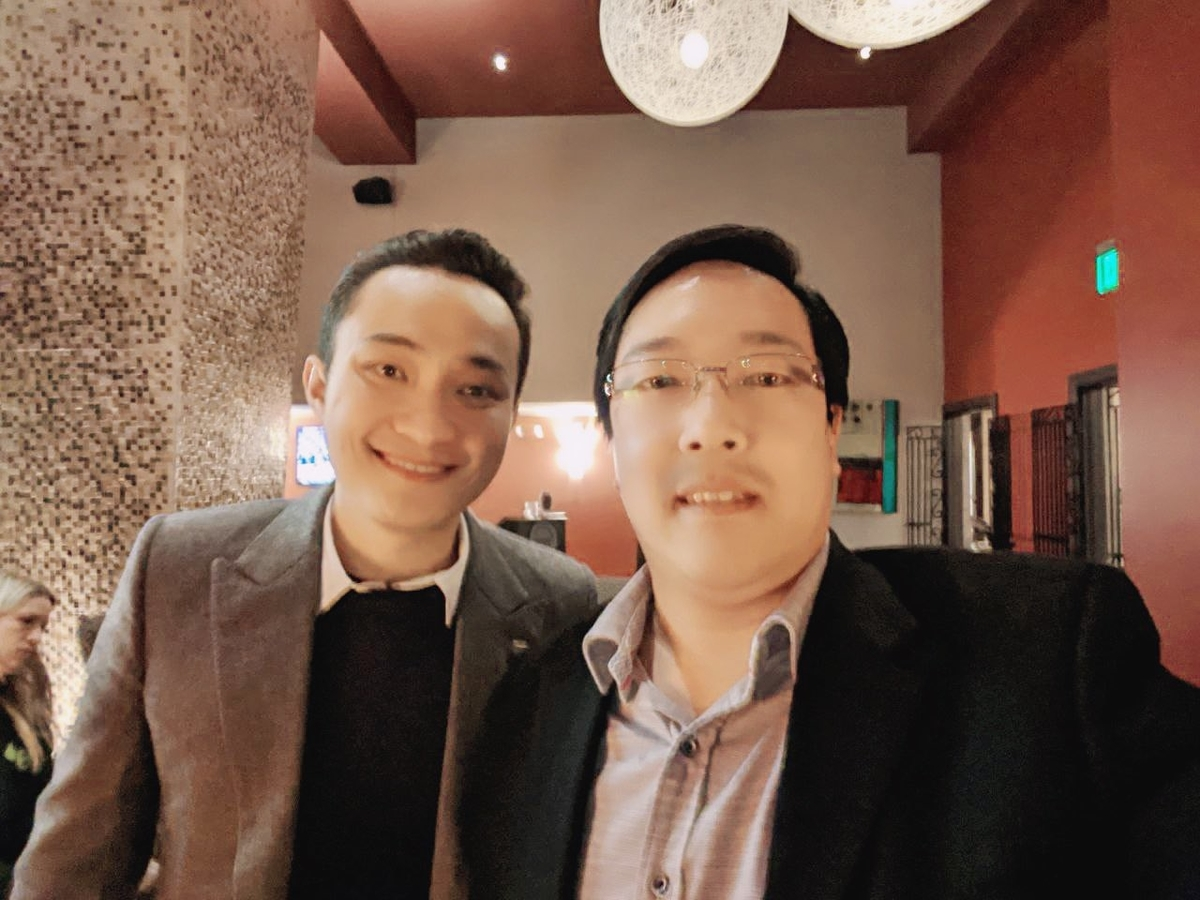 Tron CEO Justin Sun Holds a Meeting With Litecoin Founder; Something's Cooking?