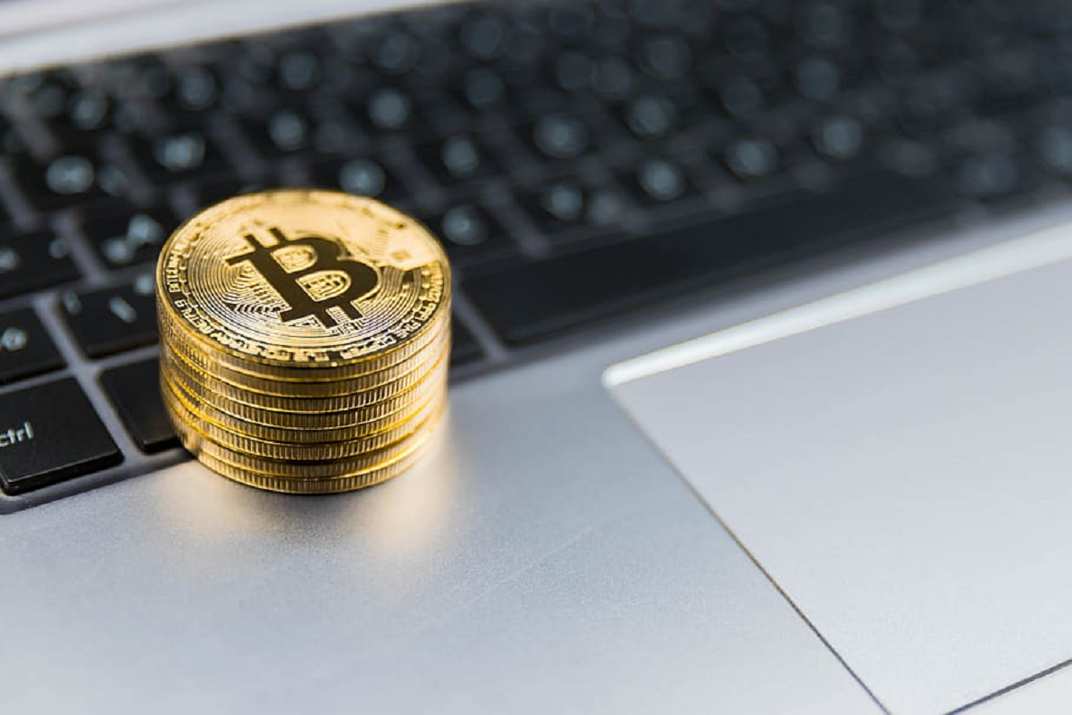 Bitcoin (BTC) Exchange Withdrawals Spike Amid Failing Bitcoin Halving Expectations