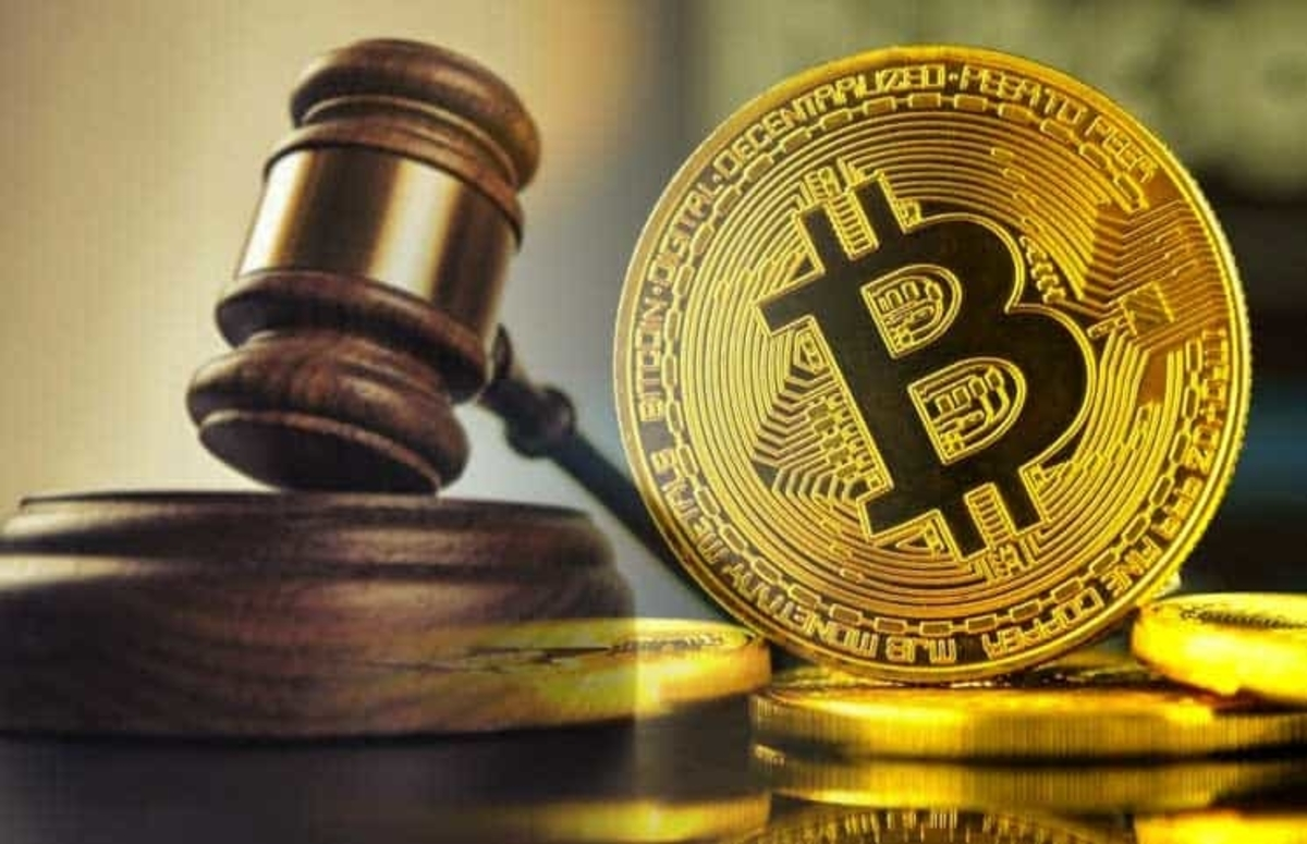 "Bitcoin Scam: Man Charged For Owning ""Mixing Website"" That Laundered Over $300 Million In BTC"