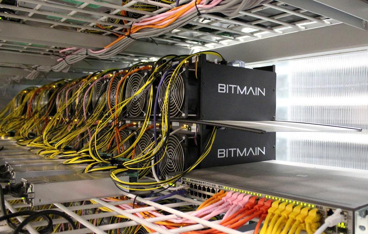 NASDAQ Listed Blockchain Firm Purchases Bulk Next Gen Bitcoin Miners Ahead Of Bitcoin Halving