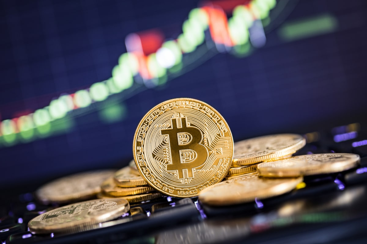Bitcoin Price Analysis: BTC/USD Spikes Above $9,800, Is $10,000 The Next Stop?