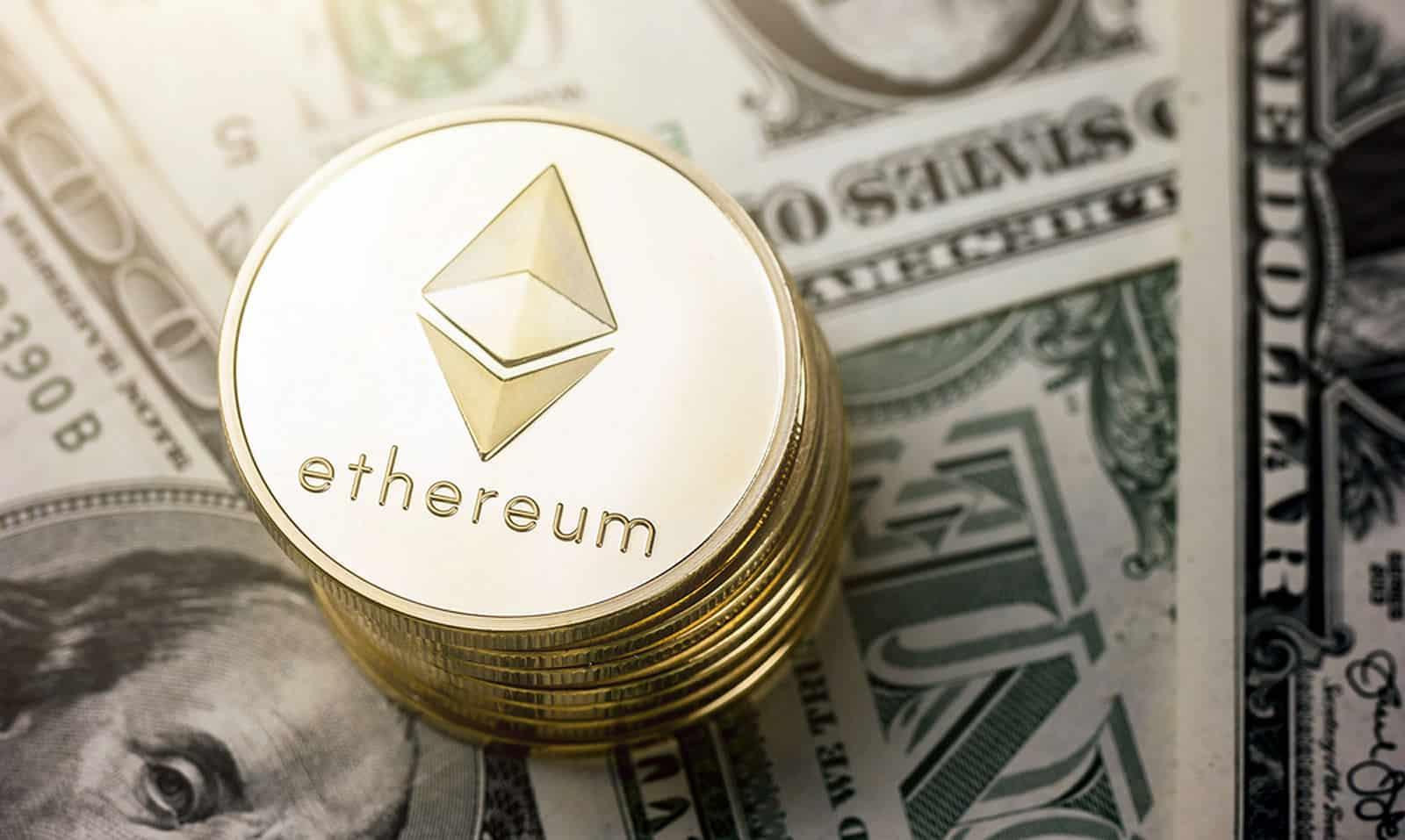 Previsão do Preço do Ethereum: A pressão intensa do ETH em áreas de suporte cruciais visa os $320