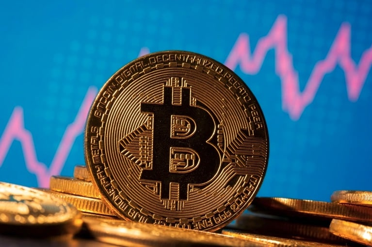 Breaking: Investment Firm With $49 Billion AUM Files SEC Registration For Bitcoin ETF
