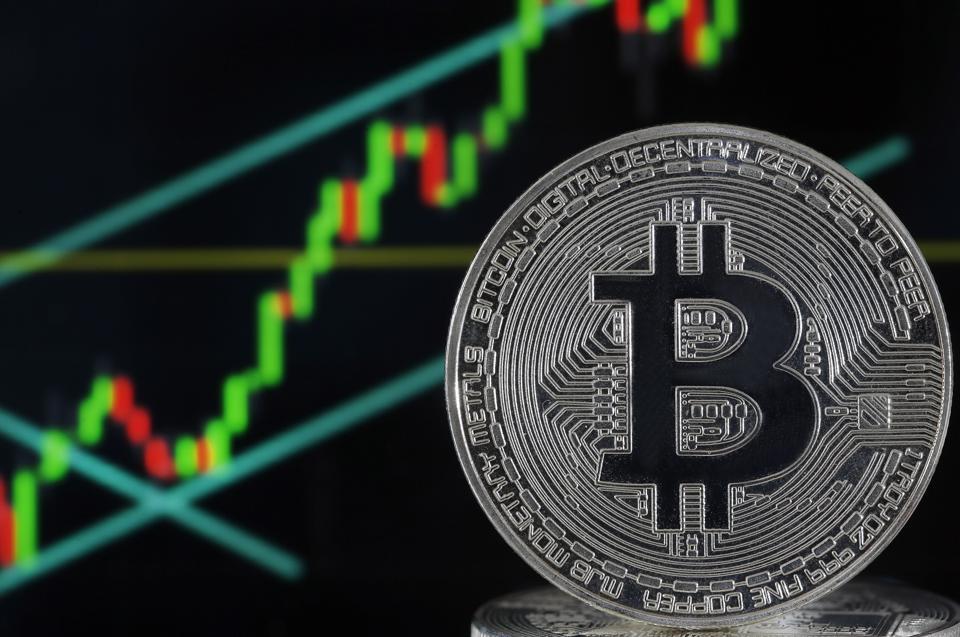 kereskedelmi litecoin bitcoin binance számára
