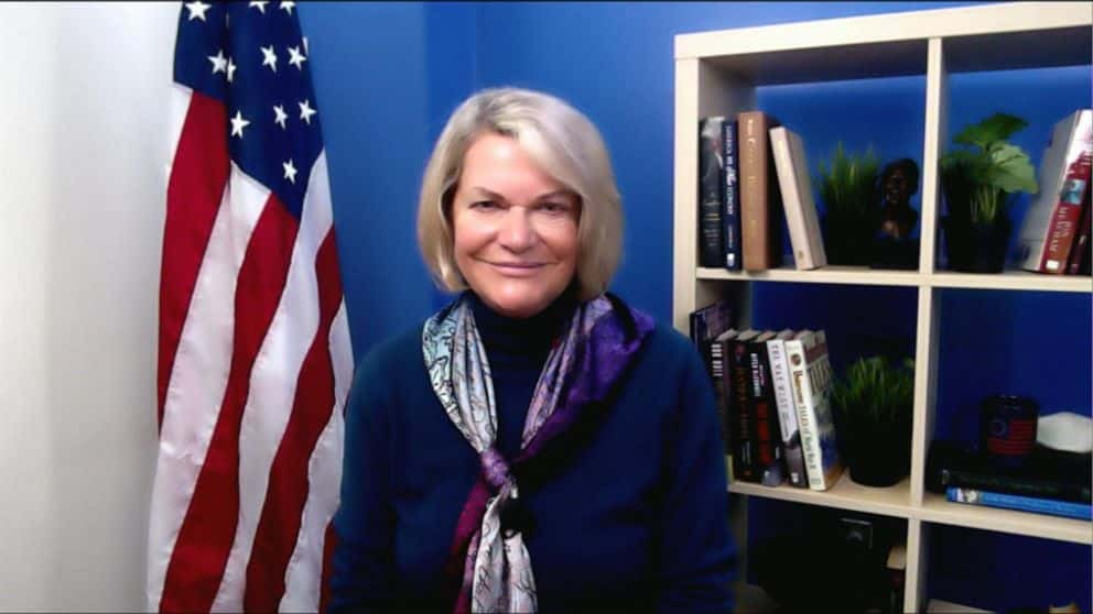 U.S. Senator from Wyoming Cynthia Lummis Invites Bitcoin Miners
