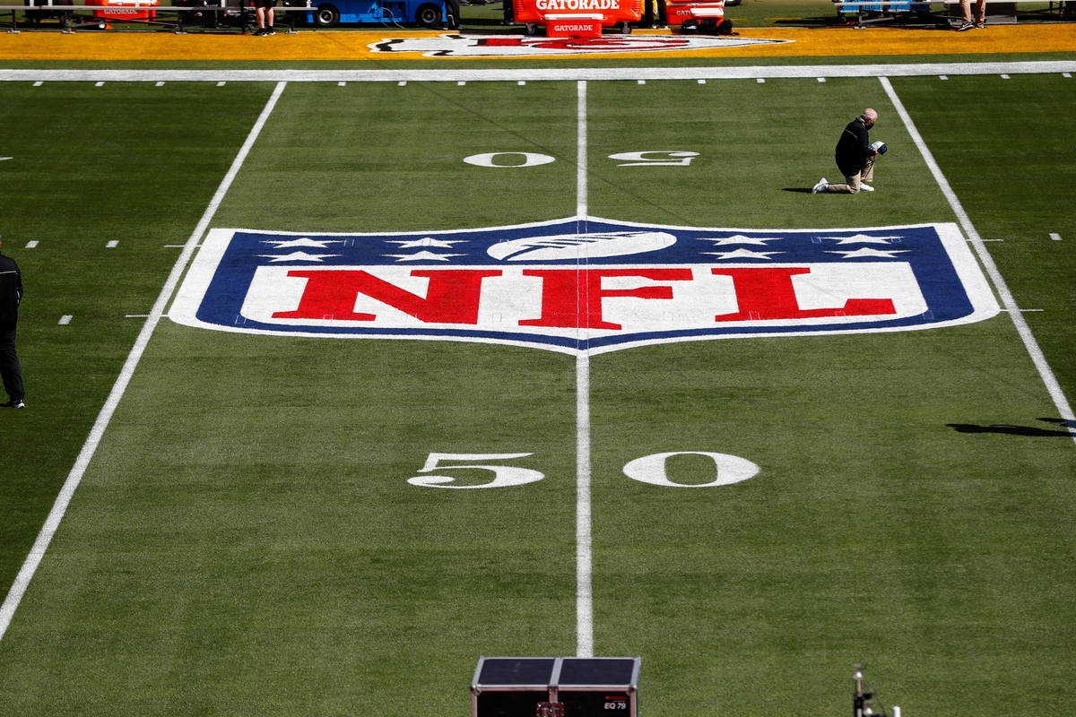 After NBA's NFT Frenzy, NFL temporarily bans crypto & NFT deals