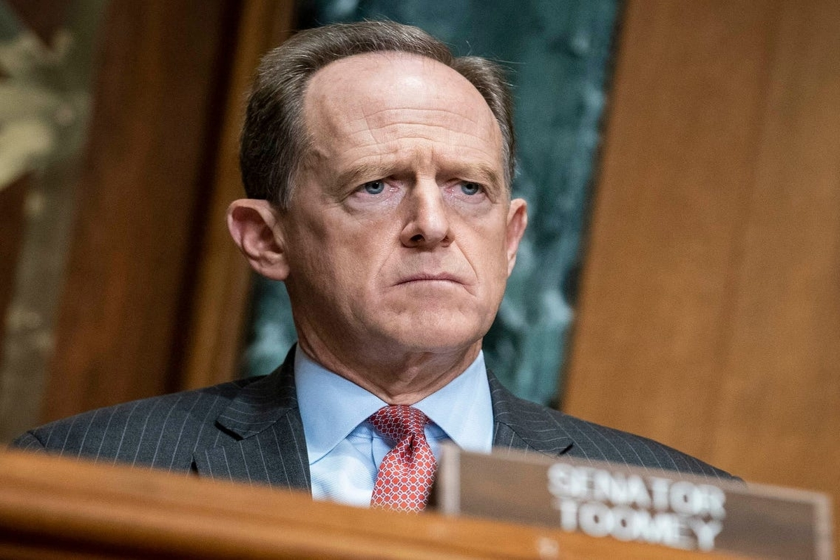 """Senator Toomey demands """"transparency and objectivity"""" in Gensler's crypto vision"""